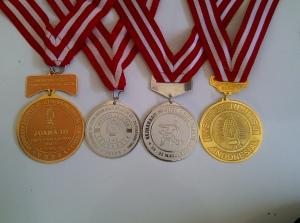 bikin medali murah (M03)