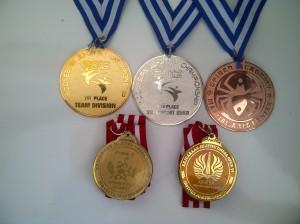 jual medali murah (M02)